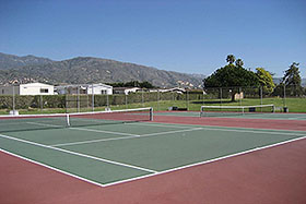 EXCELLENT TENNIS COURTS